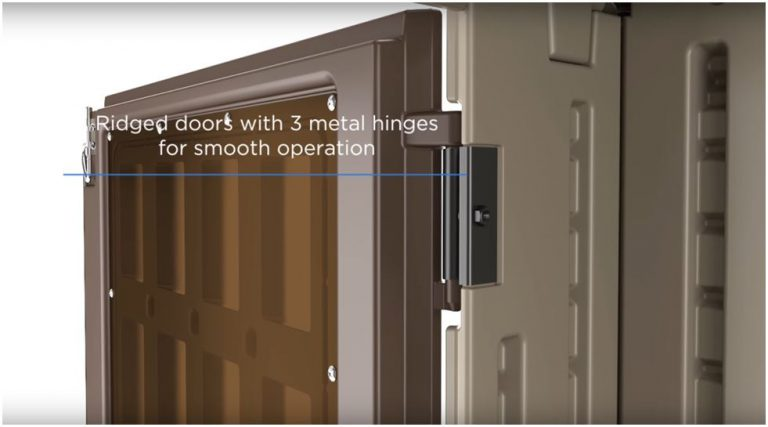 Metal Hinges add quality finishes to the doors