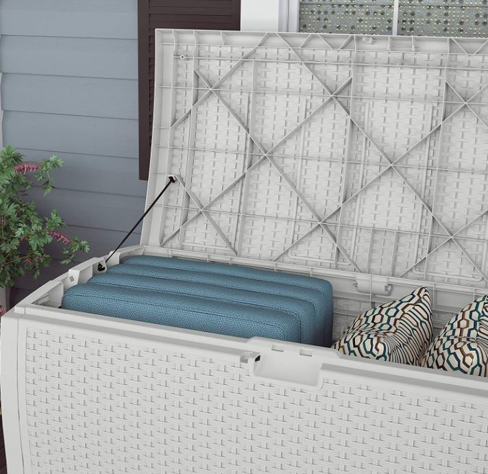 Suncast White Wicker 99 Gal Deck Box