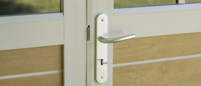 Traditional Handles with Key Operated Security inclusive on all Grosfillex Utility Sheds & Summerhouses