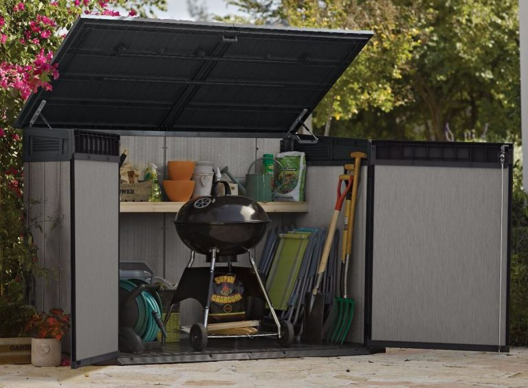 Grande-Store Storing BBQ and Patio Essentials