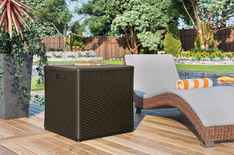Suncast 60 Gallon Deck Box Cube