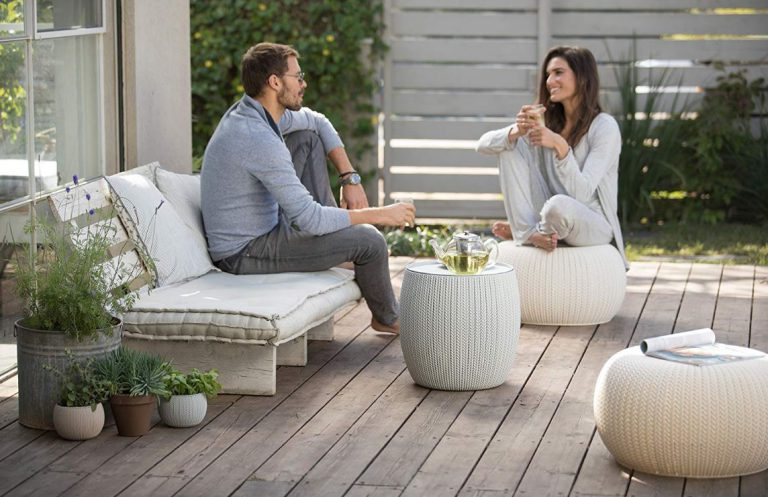 Cozy Outdoor Seating Set