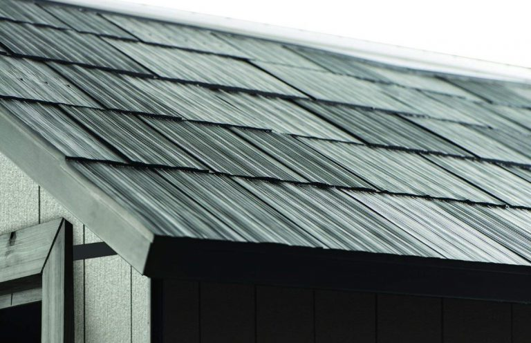 3D Slate-Tiled Roof Simulation